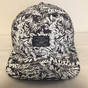Vans Off the Wall Black and White Snap-Back Hat